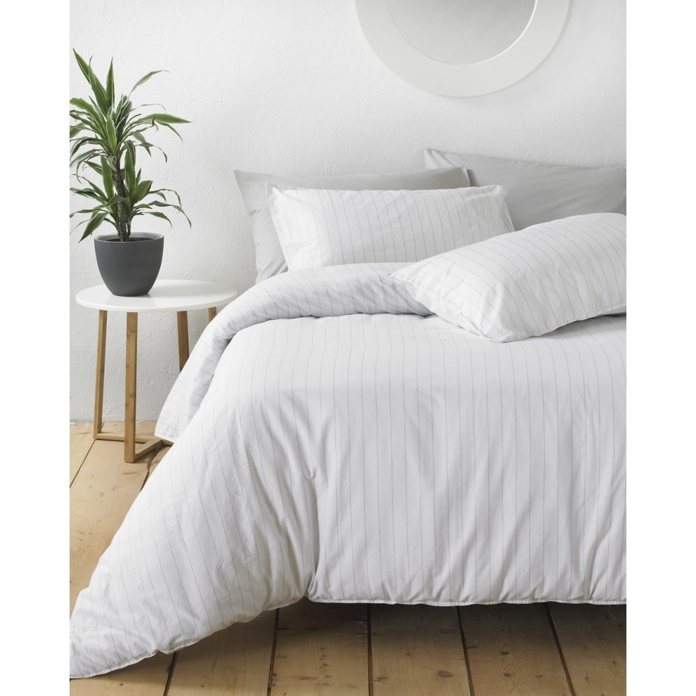 Linear Bedding Duvet Set 100/% Cotton Pinstripe Design Riva Paoletti Grey