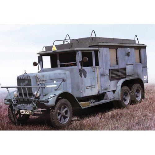 ICM 35467 - Henschel 33 D1, KFZ 72 German Radio Communication Truck
