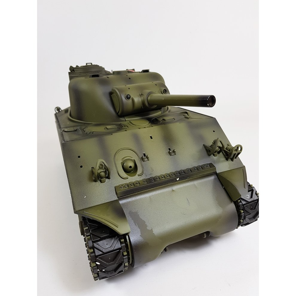 f4ea41535598 ... Heng Long 1 16 M4A3 Sherman Radio Control RC Tank Smoke   Sound 2.4Ghz  ...