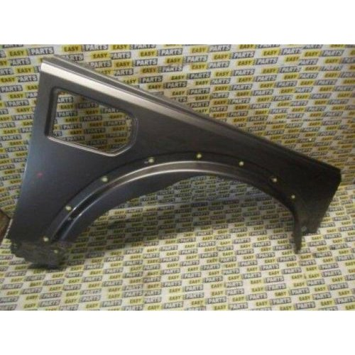 LAND ROVER DISCOVERY 3 DRIVER SIDE FRONT WING (COLOUR CODE UNKNOWN)