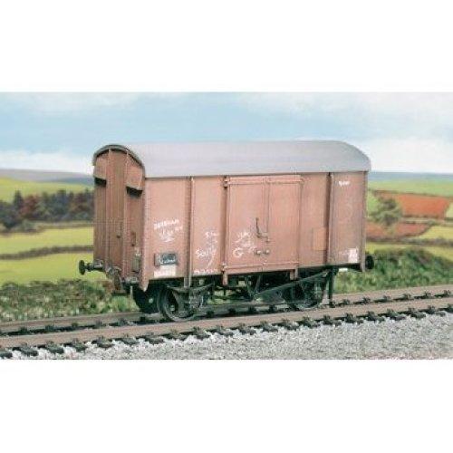 OO wagon kit - SR/BR 12t. Box Van, plywood sides - Ratio 593 - free post